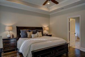 Source: Pixabay, shadowfirearts, CC0 Public Domain, https://pixabay.com/en/bedroom-real-estate-interior-design-1940168/